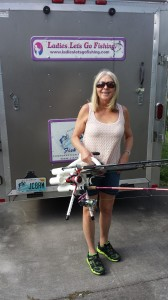 Hold 5 rods in one hand! www.rod-runner.com