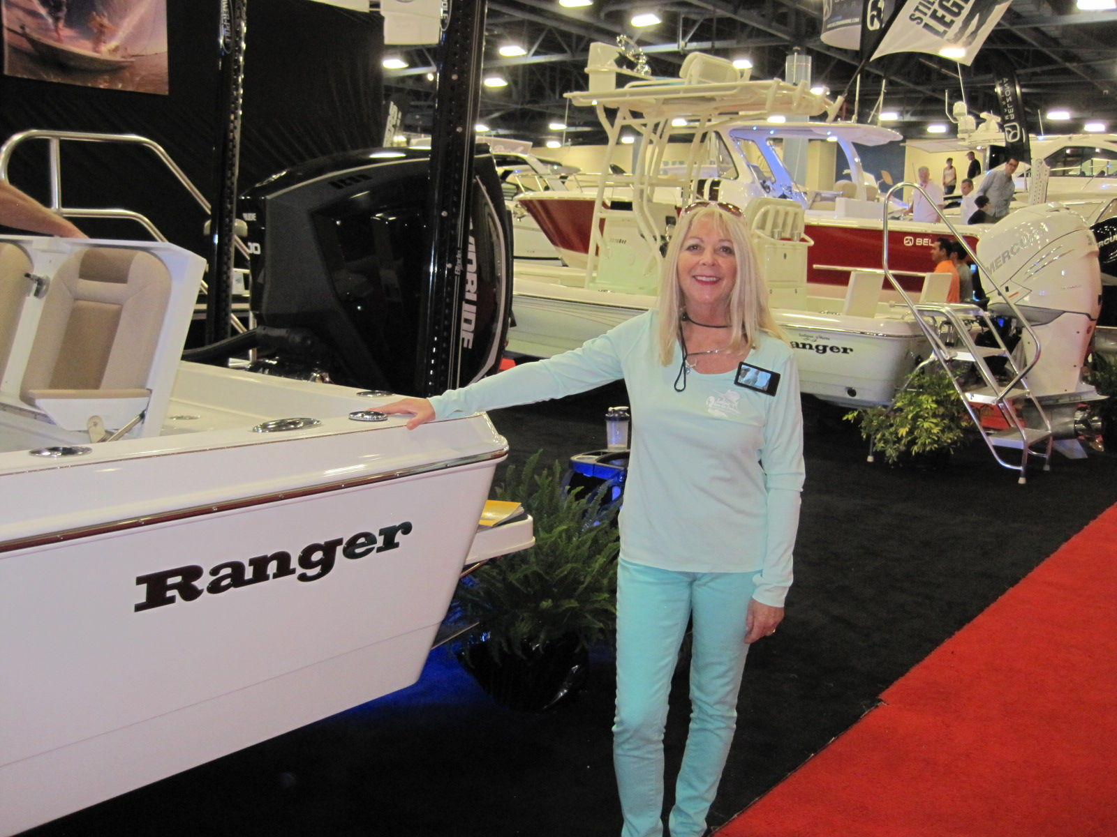 Great time at miami boat show ladies let 39 s go fishing for Let s go fishing xl